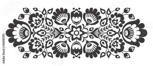 Fotografija  Polish folk flowers papercut decor