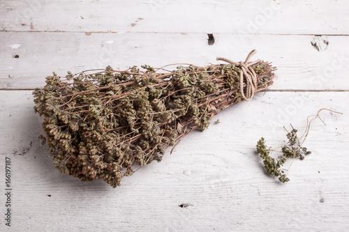 Photo Dried oregano herb