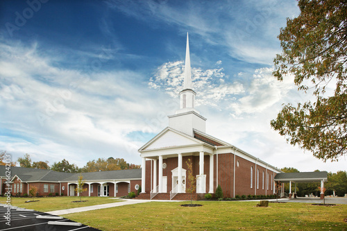Fotografia, Obraz White and Brown Baptist Church Exterior with White Steeple tower, religion, God,