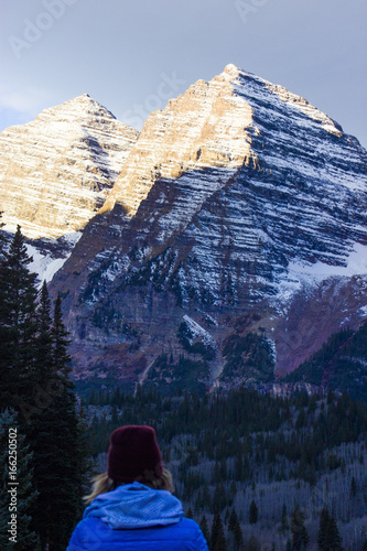 Papiers peints Beige First Light on Rockies