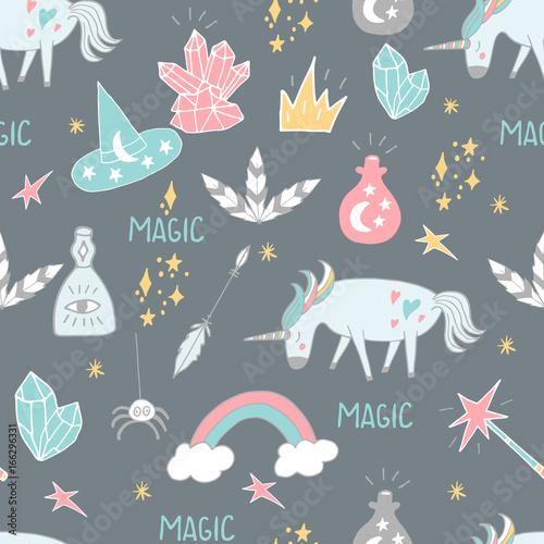 Stoffe zum Nähen Niedliche handgezeichneten Cartoon Musterdesign mit Einhörnern, Kristalle und andere magische Elemente. Vektor-Hintergrund
