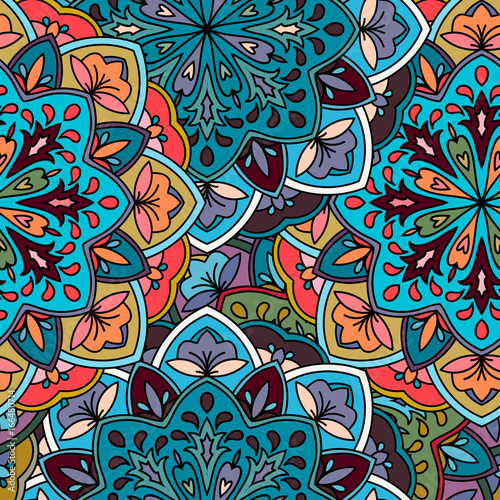 Foto  Seamless ethnic pattern with floral motives