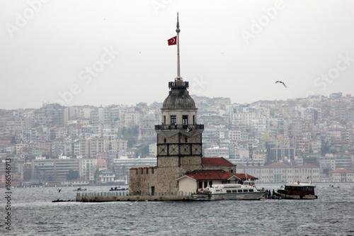 Photo  Maiden's Tower in Istanbul, Turkey