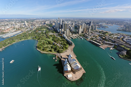 Carta da parati Sydney CBD and Royal Botanic Gardens viewed from the north-east