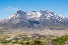 The Breathtaking Views Of The Volcano Mount St. Helens Destroyed Landscape And Barren Lands. Harry's Ridge Trail. Mount St Helens National Park, South Cascades In Washington State, USA