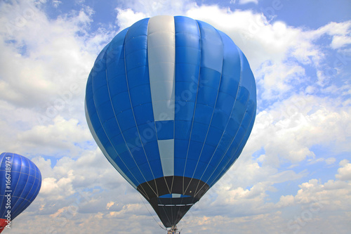 Blue air balloon Wallpaper Mural
