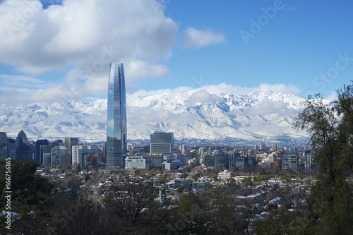 Photo  City of Santiago, capital of Chile, in winter after a fish fall of snow