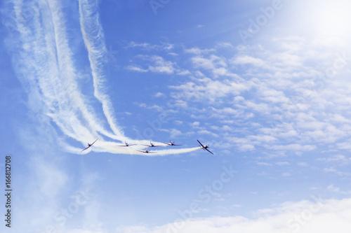 Aerobatics team doing maneuvers at the airshow Canvas-taulu