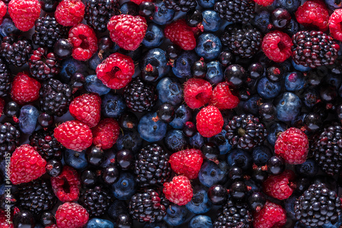 Fototapeta assorted fresh berries obraz