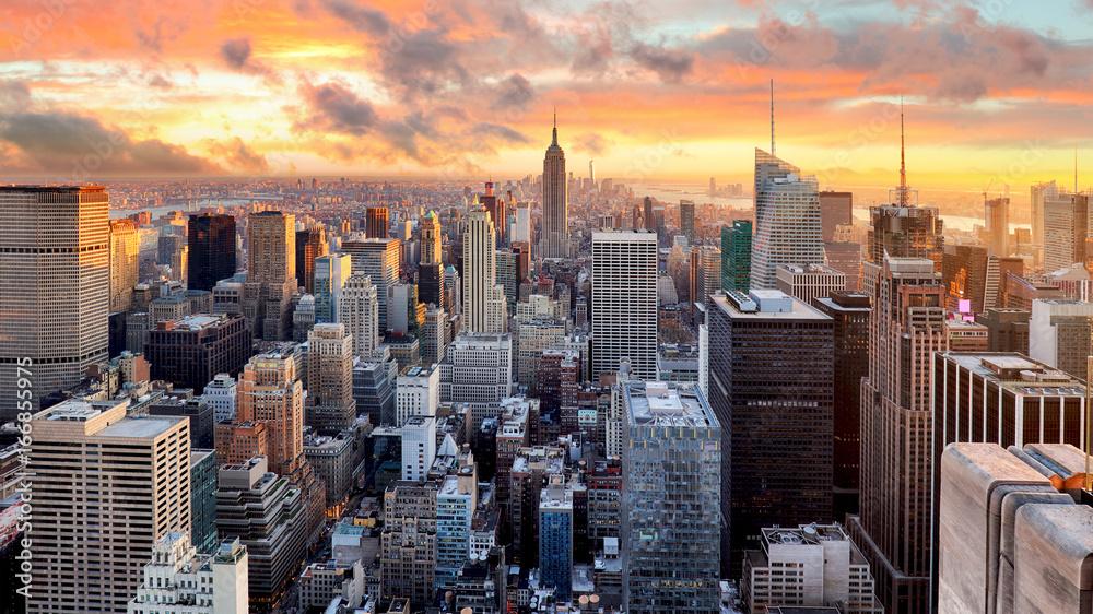 Fototapeta New York city at sunset, USA