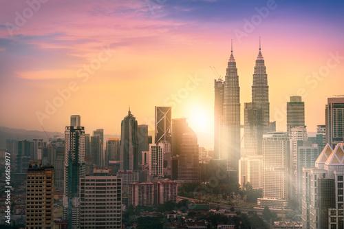 Foto auf AluDibond Kuala Lumpur Landscape of Kuala Lumpur skyscraper with colorful sunrise sky, Malaysia.