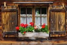Holzfenster Holzläden Edelwei...