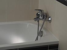 Enamel White Bath -  Shower Capstan Head Detail