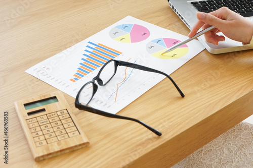 Valokuva  office works and forming data