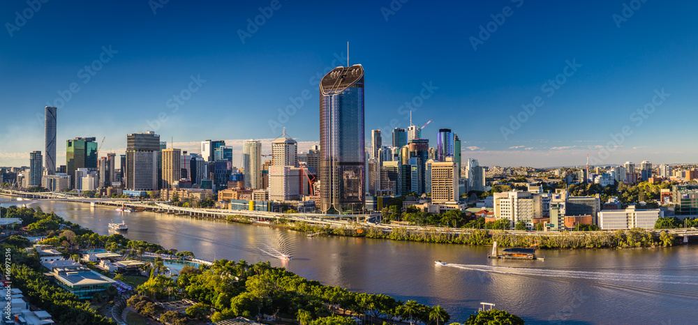 Fototapety, obrazy: BRISBANE, AUSTRALIA - August 05 2017: Panoramic areal image of Brisbane CBD and South Bank