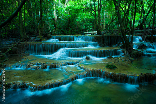Photo sur Toile Cascade hauy mae kamin waterfalls in kanchaburi thailand