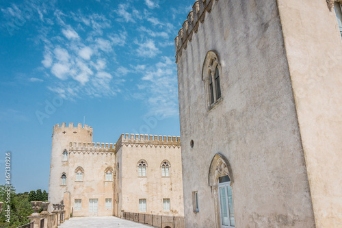 In de dag Cyprus Neo-Classical and Neo-Gothic Donnafugata castle, Ragusa, Sicily, Italy.