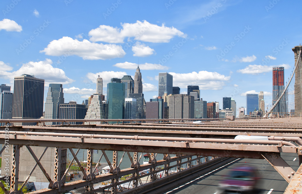Photo & Art Print New York City skyline from Brooklyn Bridge ...
