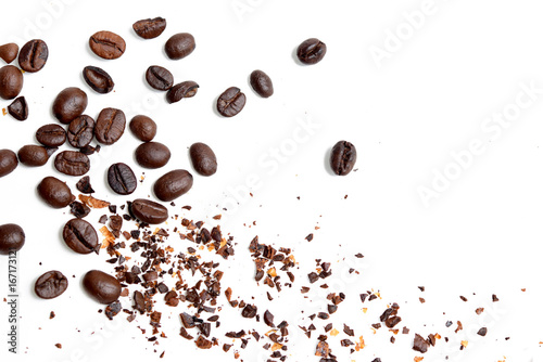 Poster Café en grains Seed of coffee on white background