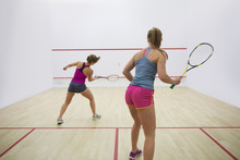 Great Endurance Of Two Squash ...