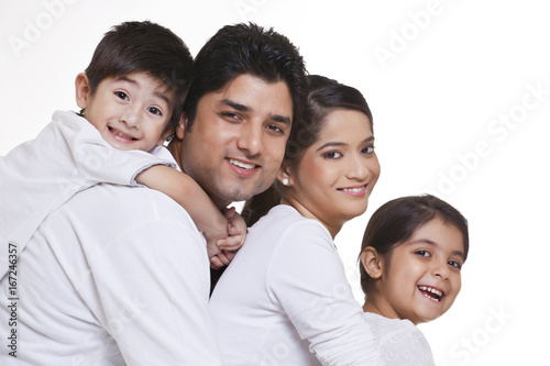 Canvastavla  Portrait of smiling family over white background