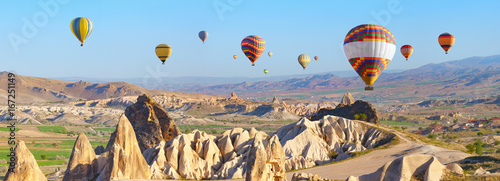 Ingelijste posters Ballon Hot air balloons in Cappadocia, Turkey
