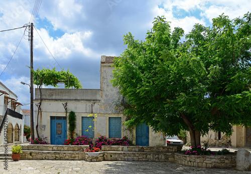 In de dag Dorf auf Kreta
