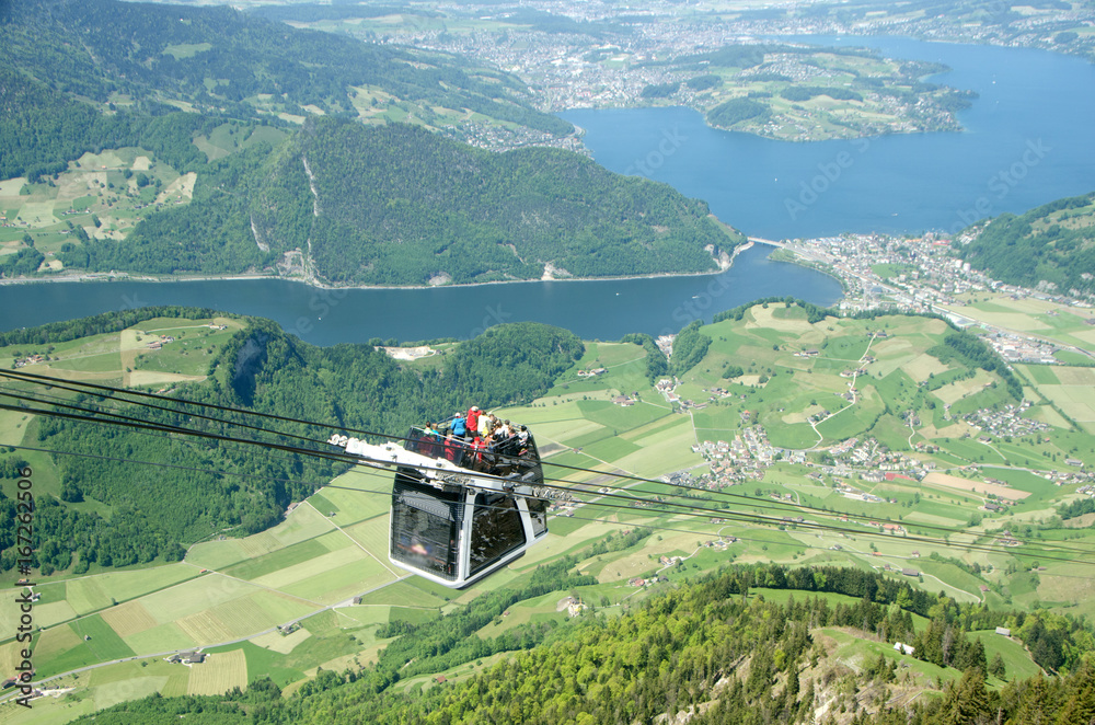 Fototapety, obrazy: Cable car at Stanserhorn