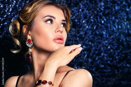 Fotografie, Obraz  earrings and bracelet