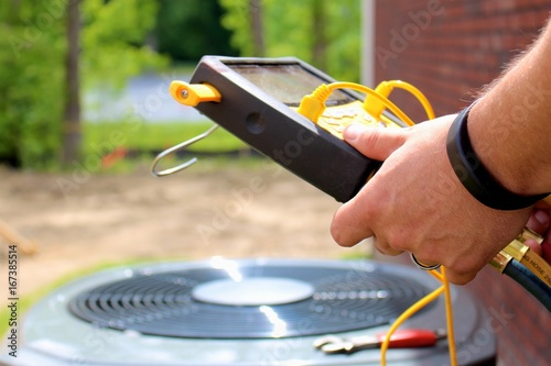 Air conditioning service maintenance