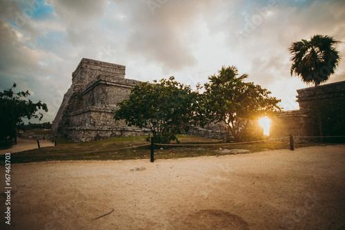 Poster Centraal-Amerika Landen Ancient sight in sunlight