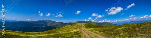 Obraz Panorama landscape view in the Ukrainian Carpathian mounrains - fototapety do salonu