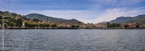 Valokuva  View from Lake Maggiore to Luino - Luino, Lake Maggiore, Lombardy, Italy, Europe