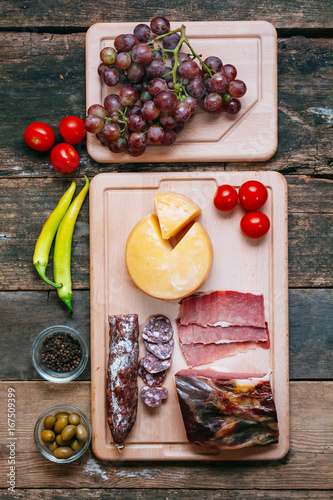 Delicious appetizer on wooden table Canvas-taulu