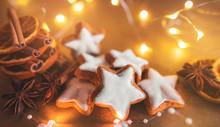 Zimtsterne Zu Weihnachten, Cinnamon Cookies At Christmas Time