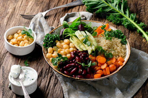 Stampa su Tela Vegetarian Buddha bowl with quinoa and chickpea