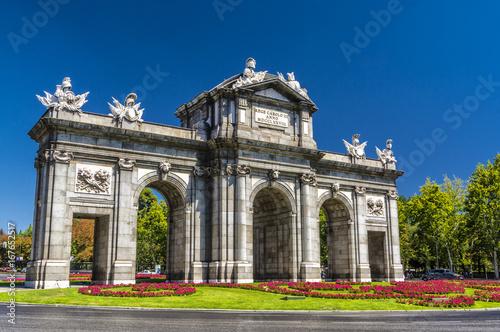 Staande foto Madrid Madrid,puerta de Alcalá