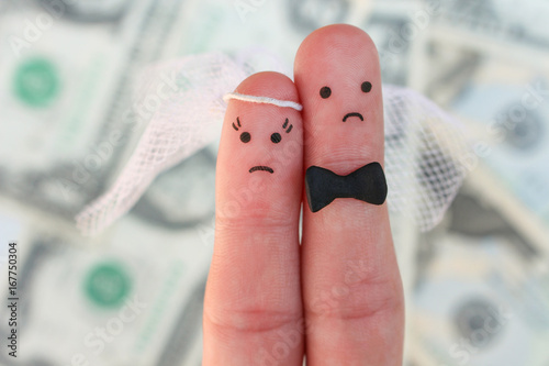 Photo Fingers art of couple on background of money