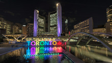 Toronto City Hall And Toronto ...
