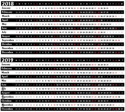 Valokuvatapetti Calendar for year 2018 - 2019.