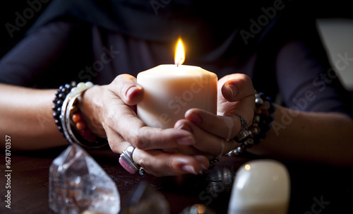 Fotografie, Obraz  hands holding a candle