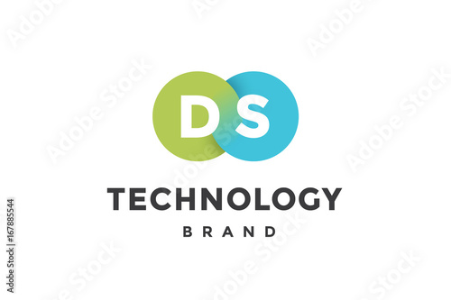 Fotografía  Emblem of business company with two circle, letter D, S, text Technology