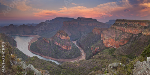 Fotoposter Canyon Blyde River Canyon in South Africa at sunset