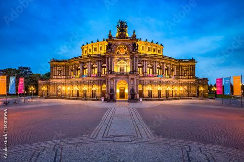 Papiers peints Opera, Theatre Semperoper in Dresden, Sachsen, Deutschland