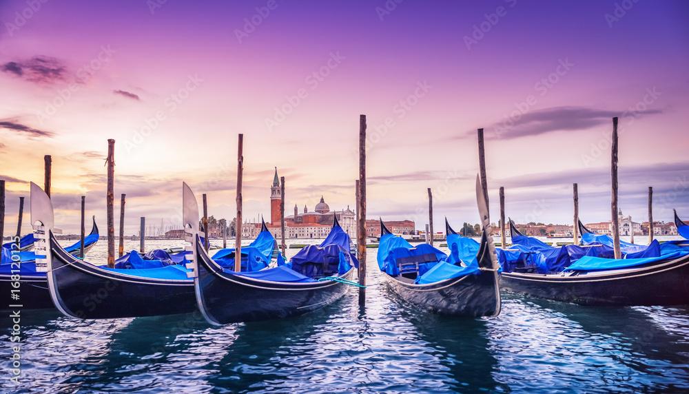 Fototapety, obrazy: Wenecja o wschodzie słońca