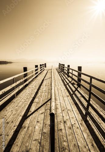 Fototapeta stary drewniany most