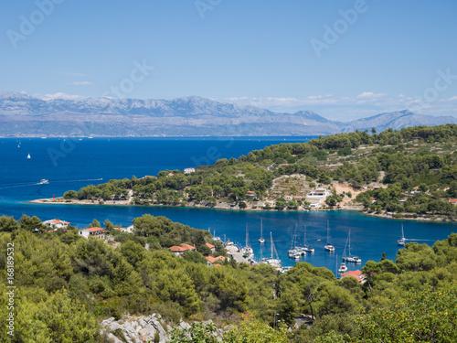 Tela Blick auf Rogač, Insel Solta, Kroatien