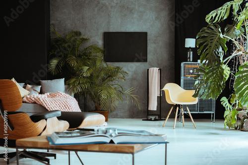 Fotografia  Living room with retro furniture