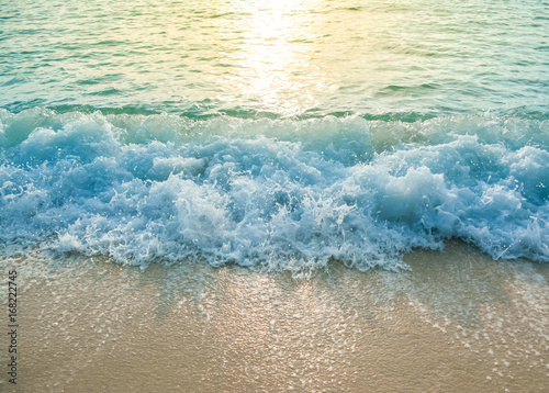 Photo beautiful wave of ocean on the beach