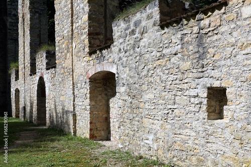 Foto op Aluminium Rudnes Ruine Kapelle Maria Hilf in Mühlheim an der Donau in Süddeutschland